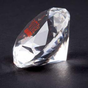 E143 Crystal Diamond Paperweight